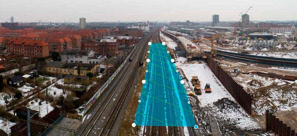 Autonom flyverute ved droneinspektion på ny bane